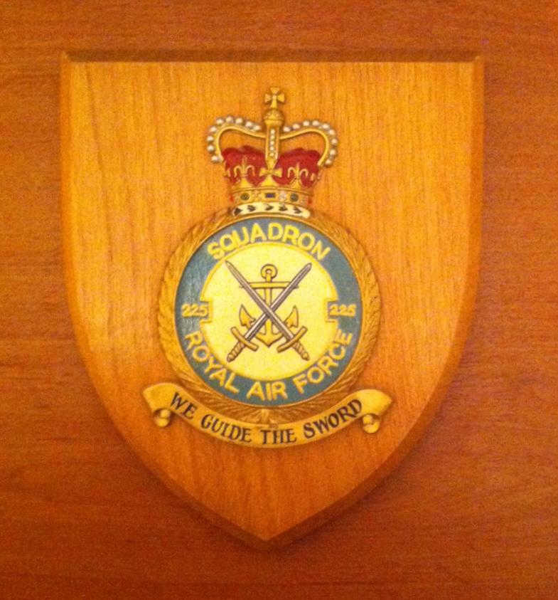 225 Squadron shield